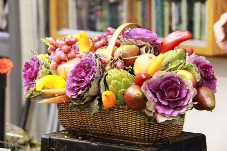 Scroll Down On This Page To See The Step By Creation Of Each Arrangement Everyones Favorite Was One Made With Fruits And Vegetables Shown In